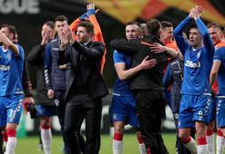 Rangersta Gerrard ve oyuncuların maaşı 3 ay ertelendi