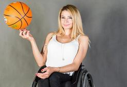 Milli sporcu Selin Şahinden Evde kal çağrısı