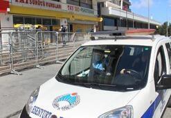 Esenyurtta zabıta ve polisten PTT önünde corona virüs önlemi