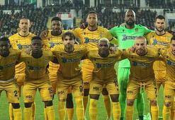 Yeni Malatyasporda 10 futbolcunun sözleşmesi sona eriyor