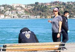 Beşiktaşta sahilde dikkat çeken an İmza atmak için bu yola başvurdu