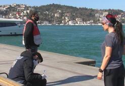 Beşiktaşta polis yasağa rağmen sahilde yürüyenlere işlem yaptı