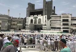 Suudi Arabistan, ramazanda teravih namazlarını askıya alabilir