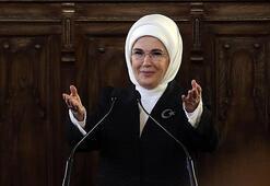 Emine Erdoğandan Elbet bir gün buluşacağız şarkısıyla evde kal  mesajı