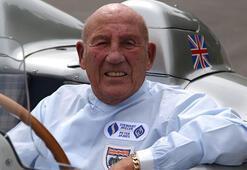 Eski Formula 1 pilotu Stirling Moss, yaşamını yitirdi