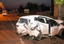 Kazada hurdaya dönen otomobilinden yara almadan çıktı