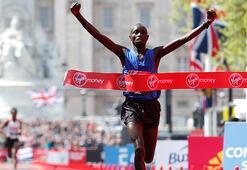 37. Londra Maratonu erkekler birincisi Wanjiruya, doping şüphesiyle geçici men