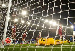 İngiltere Premier Ligde hedef sezonu tamamlamak