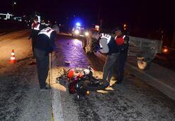 Traktörün römorkuna çarpan motosiklet sürücüsü öldü