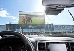 Danimarkanın Midtjylland takımından arabalı seyirci önerisi