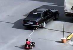 Son dakika Akülü araçtaki çocuğunu otomobille çeken baba yakalandı