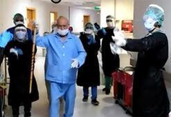65 yaşında corona virüsü yendi, bastonla halay çekip taburcu oldu