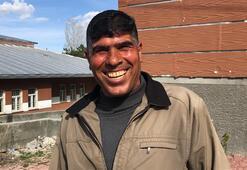 Karsın gülen adamı: Babam öldüğünde bile güldüm