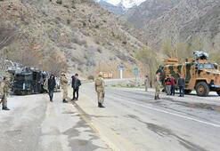 Son dakika haberler: Vanda askeri araç devrildi Yaralılar var