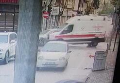 Otomobil ile ambulansın çarpıştığı kaza kamerada