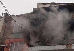 Yangında iki ev küle döndü
