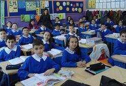 Okullar ne zaman açılacak Bakan o iki aya dikkat çekti