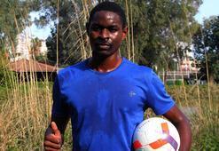 Galatasaraya denenmek için gelen genç Kamerunluya virüs engeli