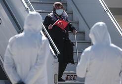 Azerbaycandaki 185 Türk vatandaşı THY uçağıyla Ankaraya getirildi