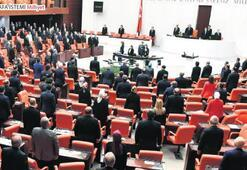 Gazi Meclis'te 100. yıl oturumu