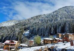 Kaçkar Dağlarına Nisanda kar yağdı