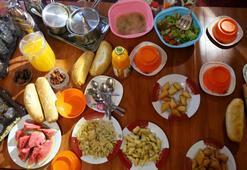 Ramazanda sahurda ne yenir Tok tutan, susatmayan yiyecekler neler