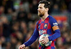 Futbolda en büyük tartışma konusu astronomik harcamalar