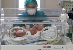 İranda 800 gram ağırlığındaki prematüre bebek corona virüsü yendi