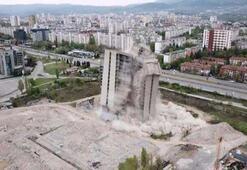 Sofya'da 17 katlı hayalet bina imha edildi