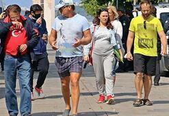 Corona virüs mağduru Rus turistler, ülkelerine dönmeyi bekliyor