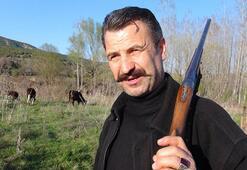 Yatırım için Fransadan geldi Şimdi omzunda tüfekle hayvan otlatıyor