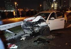 İstanbulda gece yarısı feci kaza 2si ağır 5 yaralı