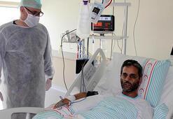 Coronayı yenen doktor diğer hastalara umut oldu