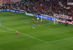 Riberynin Chelseaye attığı durdurulamaz gol vuruşu