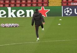 Diego Simeone topla hünerlerini sergiliyor
