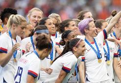 ABDde kadın futbolcular üzerinden başkanlık mesajı