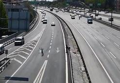 Çocukların TEM trafiğindeki tehlikeli oyunu kamerada
