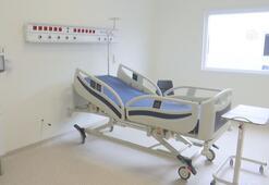 İnşaası süren hastanenin tamamlanan bölümlerini görüntülendi