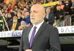 Hikmet Karaman canlı yayında soruları yanıtladı: Bu ortamda futbol oynanmaz