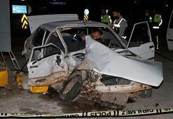 Otomobil ile kamyon çarpıştı  2 ölü var...