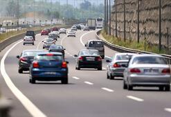 Türkiyede 3 ayda trafiğe kaydedilen taşıtların yarısı 3 büyük şehirden