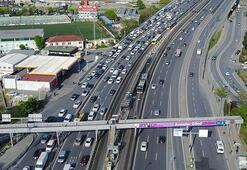 İstanbulda trafik havadan görüntülendi