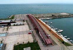 Sahilde iki yaka arasına yapılmadığı için eleştirilen köprüye çözüm aranıyor