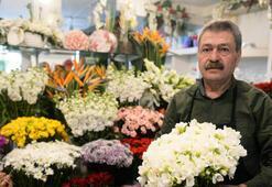 Anneler Gününde çiçekçiler açık olacak mı Pazar günü çiçekçiler hizmet verecek mi