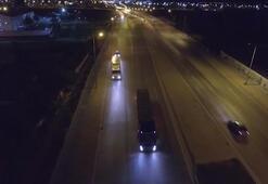 Şüphe üzerine durdurulan kamyondan çıktı Karton bardakların arasına saklamışlar