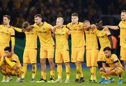 Dynamo Dresdende iki futbolcunun Kovid-19 testi pozitif çıktı