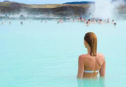 İzlandanın dünyaca ünlü kaplıcası Mavi Lagün