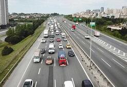 Bahçeşehir TEM Otoyolunda trafik yoğunluğu oluştu