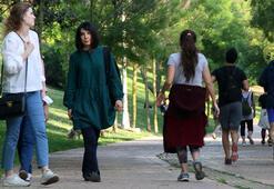 İstanbullular parklardan ve sahillerden vazgeçemiyor