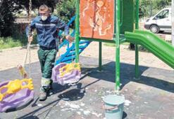 Parklar, çocukları bekliyor